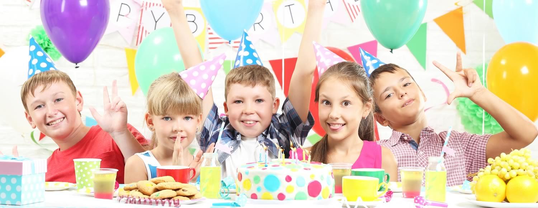 Kindergeburtstag feiern Trampolino